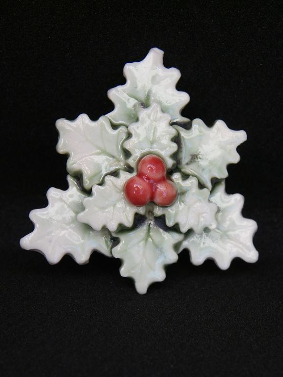 Holly pendant avaialable also as brooch
